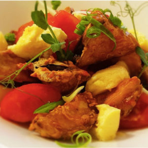 Теплый салат из баклажан «по-неаполитански»
