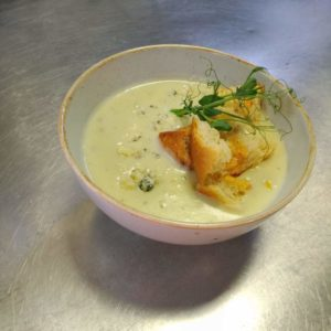 Сырный суп с дор-блю